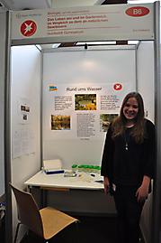 Eva Feldkamp: Biologie Schüler experimentieren