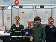Jakob Lützow, Christian Löser, Jonas Küchler: Technik Schüler experimentieren